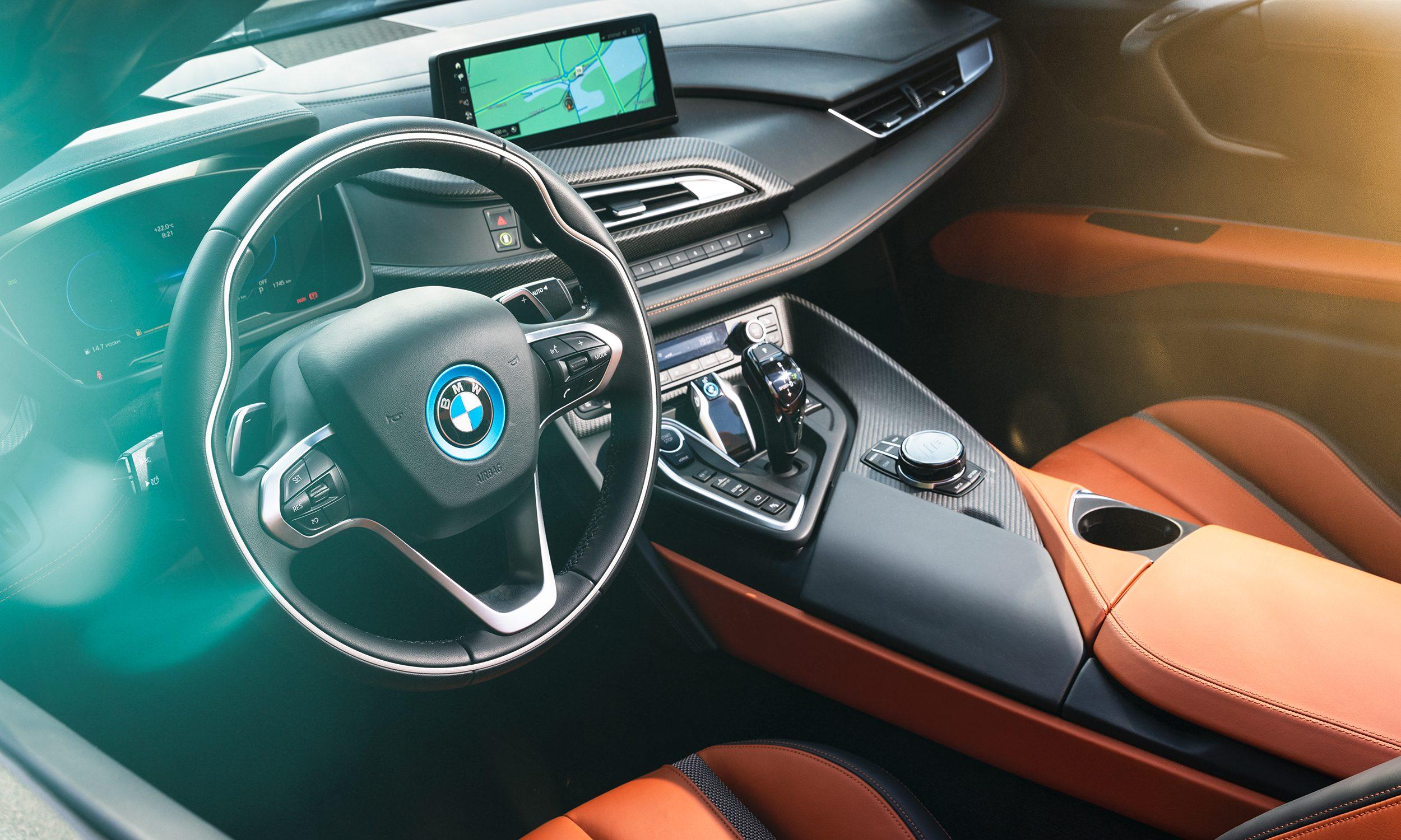 BMW-I8-Slid2